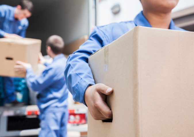 moving-truck-moving-helpers-675x476 Top Tips for Your Next Moving Truck Hire