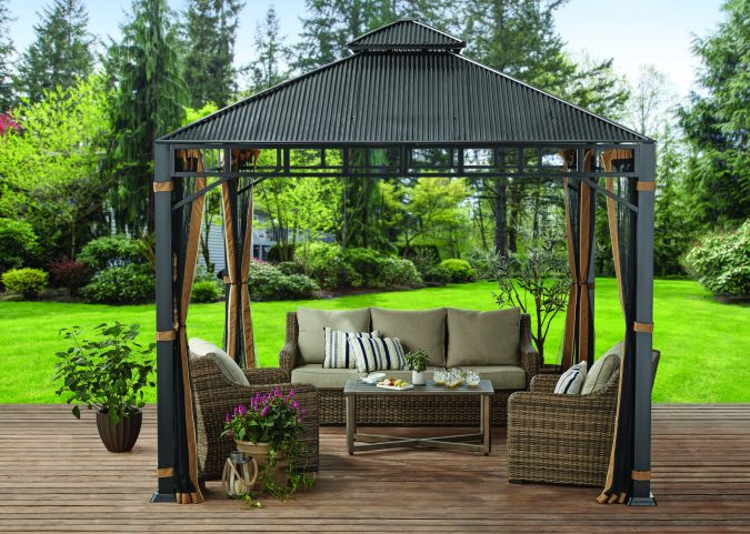 outdoor-furniture-gazebo-675x481 Top 7 Tips for Storing Your Summer Items During Winter