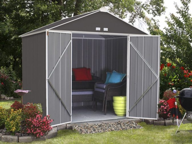 outdoor-storage-shed-outdoor-furniture-675x506 Top 7 Tips for Storing Your Summer Items During Winter