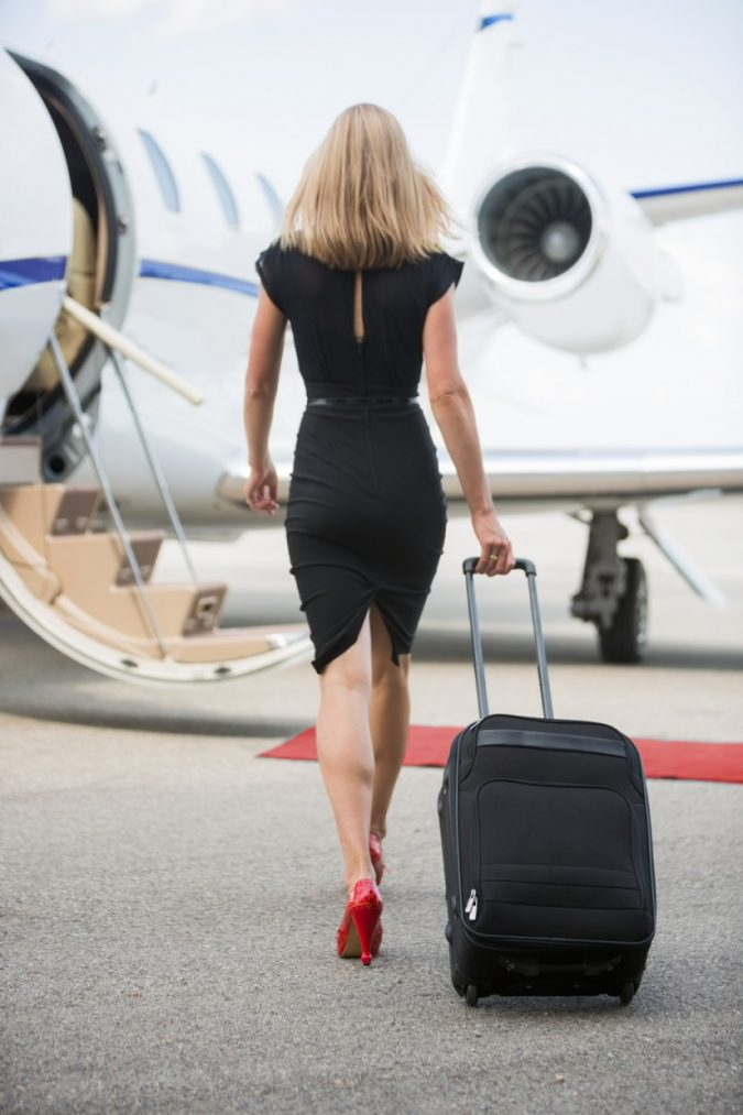 private-jet-baggage-675x1013 5 Benefits of Renting a Private Jet