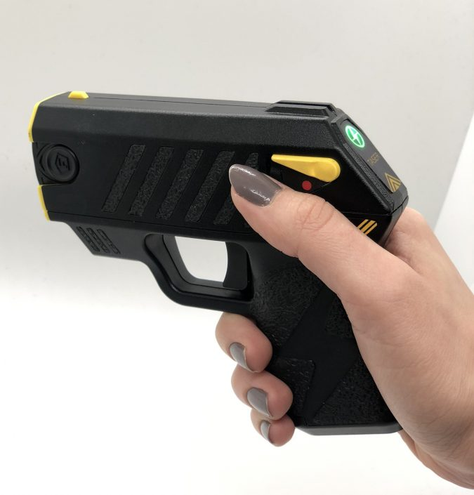 taser-2-675x705 Top 10 Self-defense Weapons Every Woman Should Carry