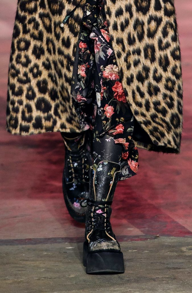 ‏‏fall-winter-fashion-2020-floral-inner-animal-printed-coat-R13-نسخة-675x1026 Top 10 Winter Predictions and Trends for 2020
