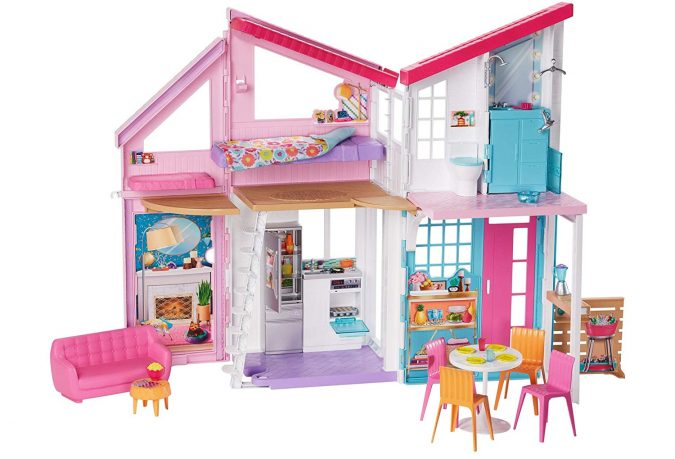 Barbie-House-Malibu-675x459 Top 25 Most Trendy Christmas Toys for Children in 2020