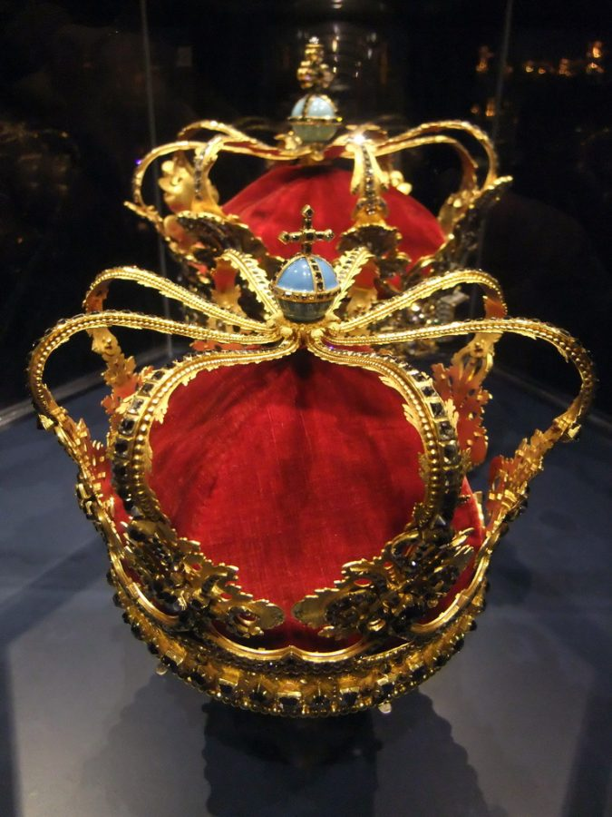 Denmark—Crown-of-Christian-V-675x900 The 5 Most Expensive Crown Jewels in the World