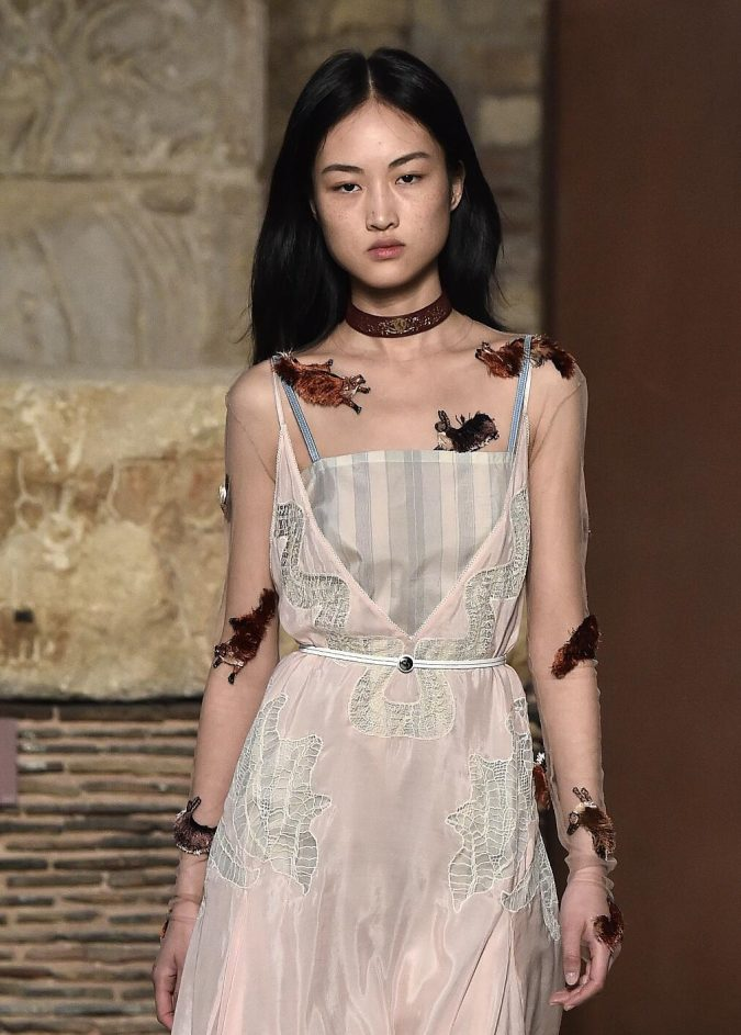 Fall-Winter-accessories-2020-choker-Lanvin-2-675x943 65+ Hottest Fall and Winter Accessories Fashion Trends in 2020