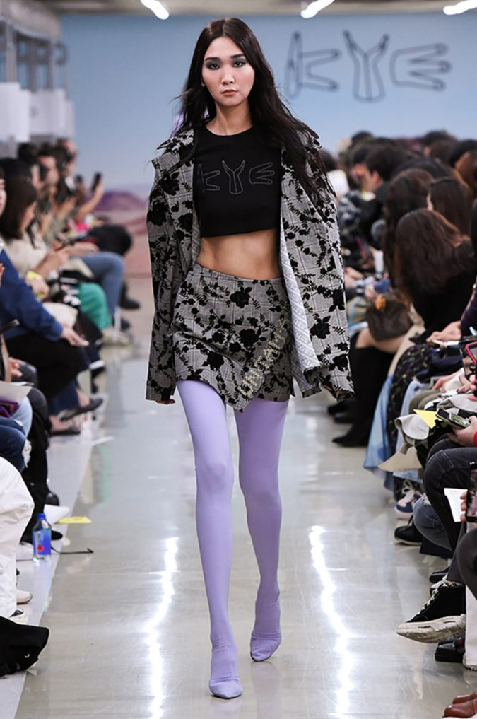 Fall-winter-fashion-2020-floral-skirt-jacket-crop-top-KYE-675x1017 Top 10 Fashionable Winter Fashion Outfit Ideas for Teens in 2020