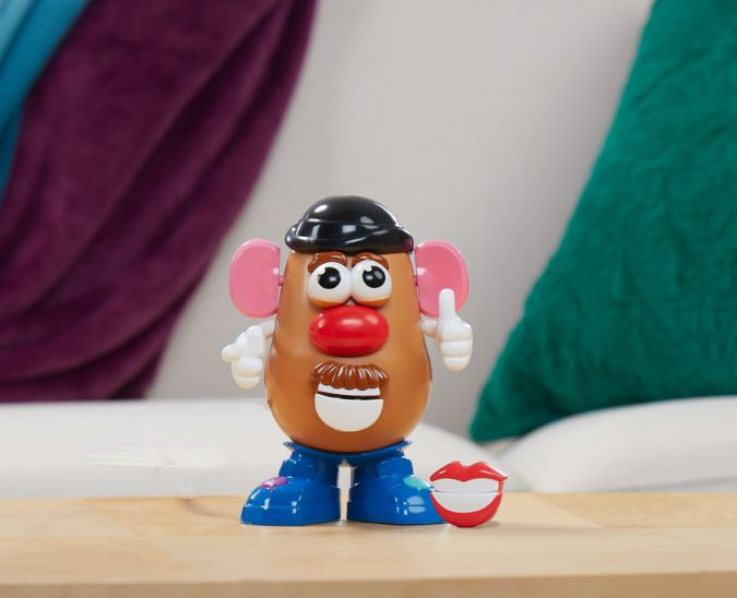 Hasbro_MrPotatoHeadMovinLips-675x548 Top 25 Most Trendy Christmas Toys for Children in 2020