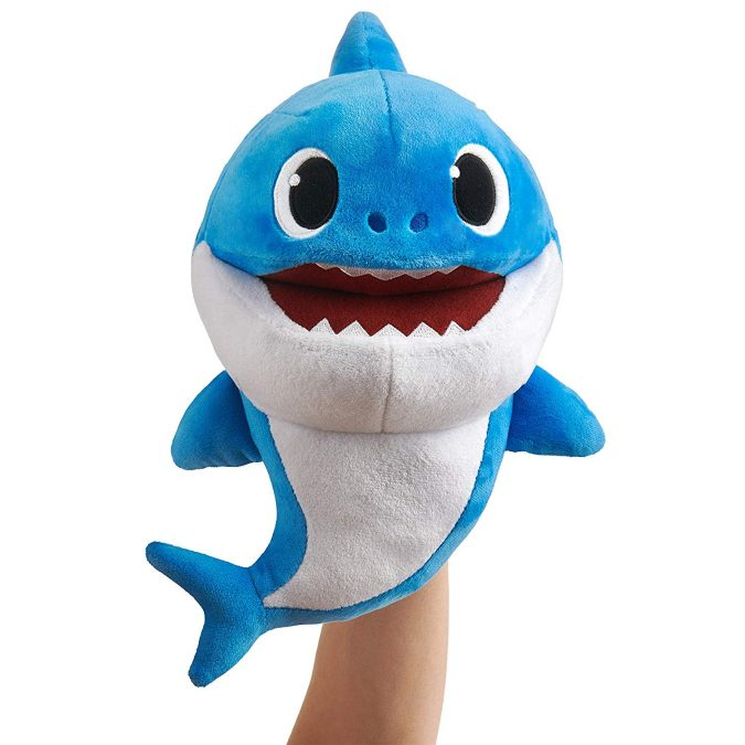 Pinkfong-Shark-baby-official-song-puppet-675x675 Top 25 Most Trendy Christmas Toys for Children in 2020