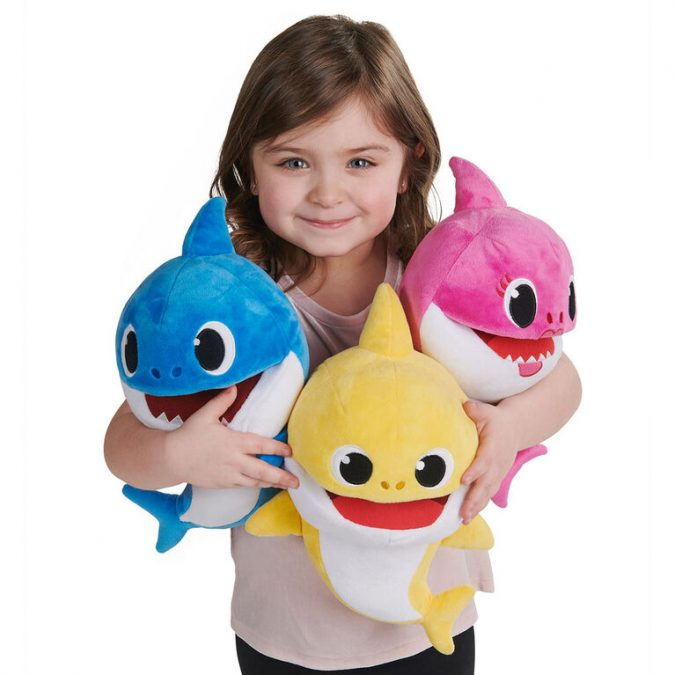 Pinkfong-Shark-baby-official-song-puppet.-675x675 Top 25 Most Trendy Christmas Toys for Children in 2020