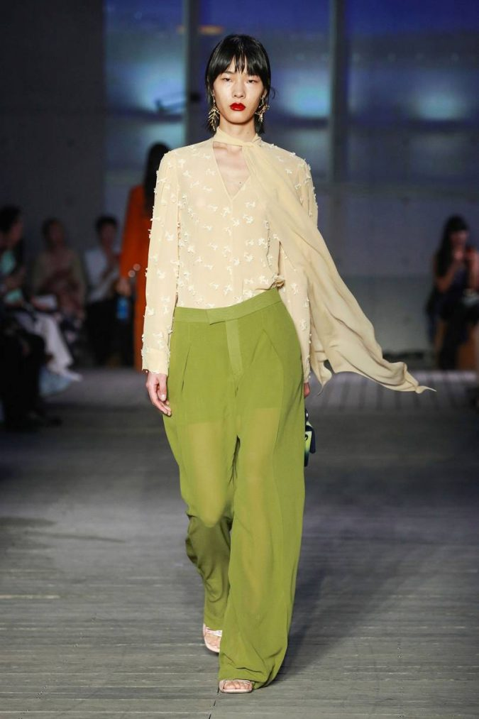 Spring-summer-resort-2020-floral-top-wide-leg-pants-chloe-shanghai-675x1013 120+ Lovely Floral Outfit Ideas and Trends for All Seasons 2020