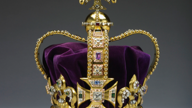 United-Kingdom—St.-Edward's-Crown-390x220 Get a Royal & Fashionable Look with Costume Jewelry
