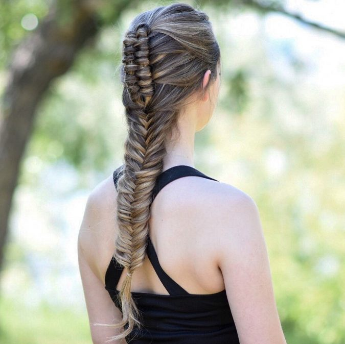 braid-hairstyle-e1574590739492-675x674 20 Mind-blowing Fall / Winter Hairstyles for Women in 2020