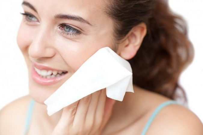 face-cleaning-using-wipes-675x450 Top 10 World's Most Luxurious Beauty Products