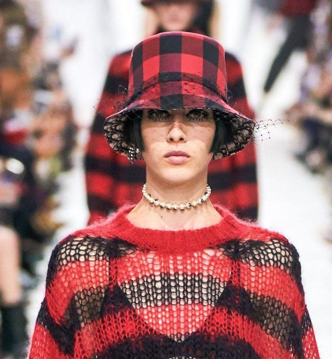 fall-winter-accessories-2020-choker-Dior-e1573418135784-675x729 65+ Hottest Fall and Winter Accessories Fashion Trends in 2020