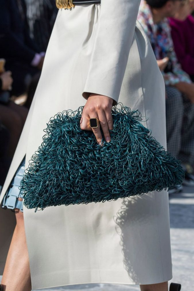 fall-winter-accessories-2020-clutch-Bottega-Veneta-675x1012 65+ Hottest Fall and Winter Accessories Fashion Trends in 2020
