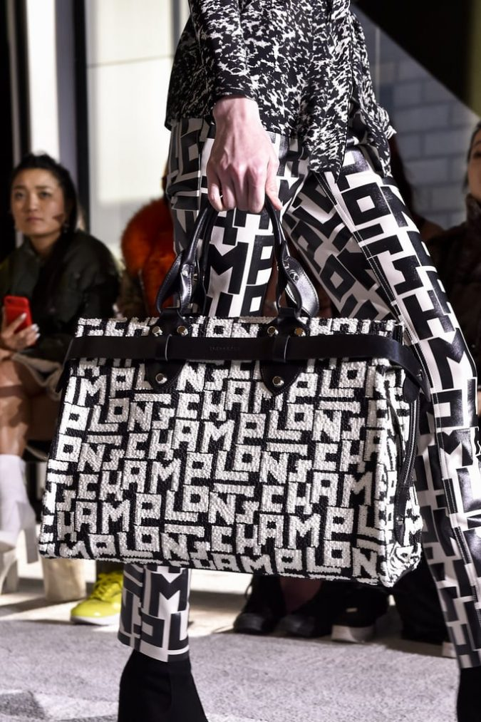 fall-winter-accessories-2020-handbag-Longchamp-675x1013 65+ Hottest Fall and Winter Accessories Fashion Trends in 2020
