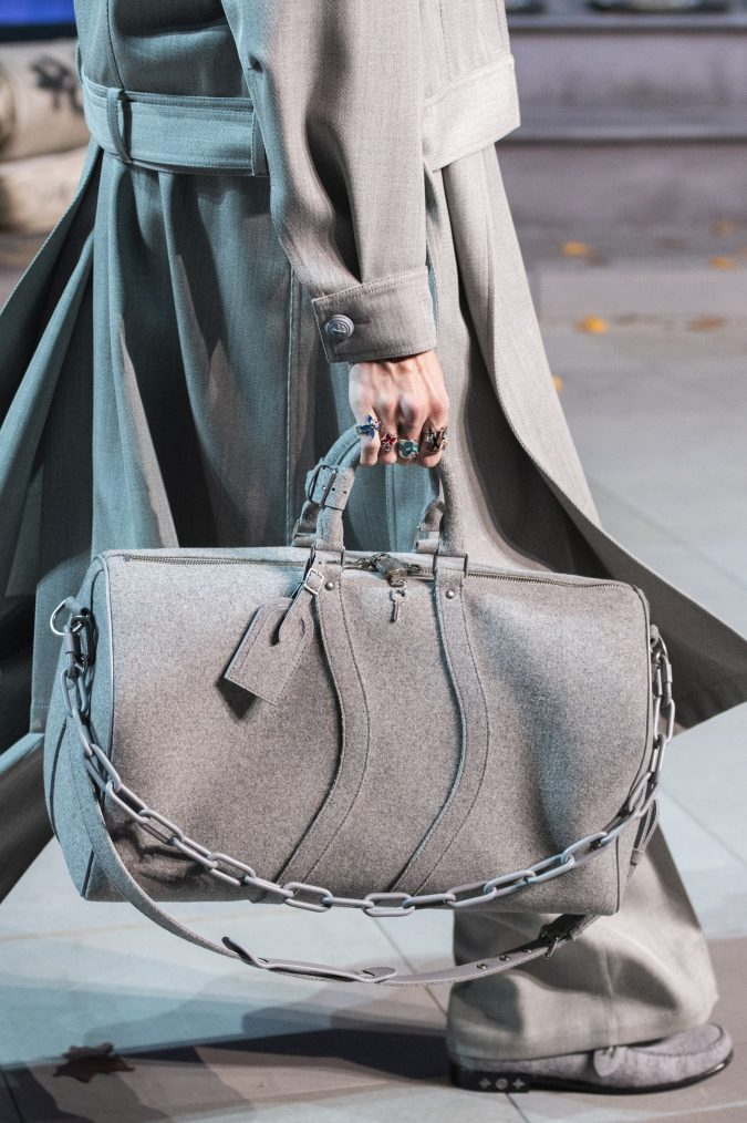 fall-winter-accessories-2020-handbag-Louis-Vuitton-3-675x1014 65+ Hottest Fall and Winter Accessories Fashion Trends in 2020