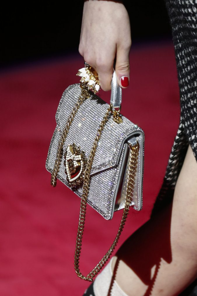 fall-winter-accessories-2020-handbag-dolce-gabbana-675x1012 65+ Hottest Fall and Winter Accessories Fashion Trends in 2020