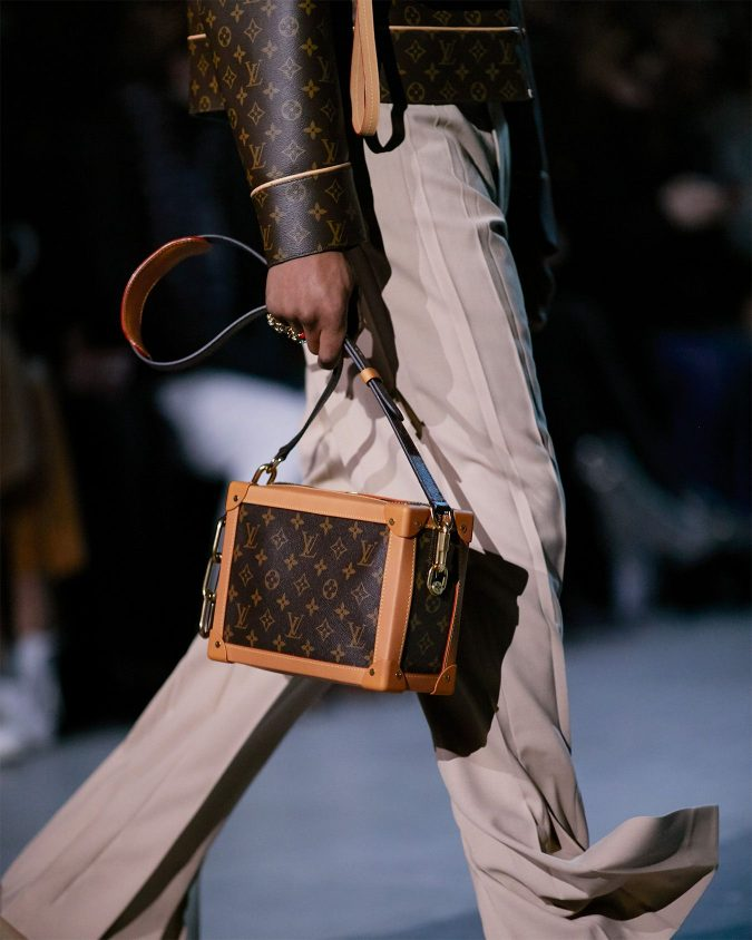 fall-winter-accessories-2020-handbag-louis-vuitton-2-675x844 65+ Hottest Fall and Winter Accessories Fashion Trends in 2020