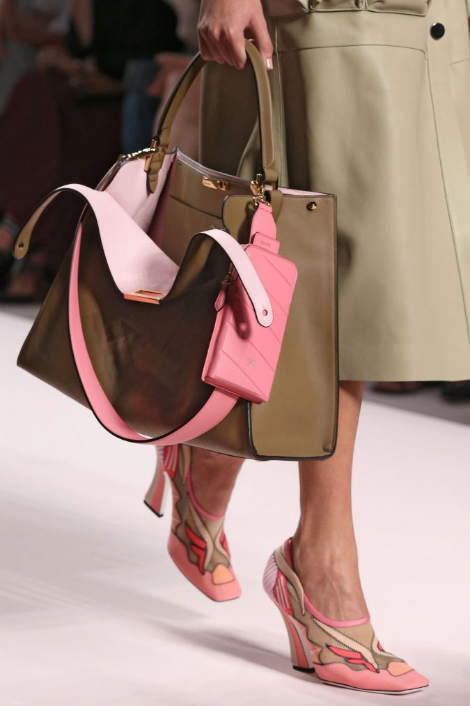 fall-winter-accessories-2020-square-toe-shoes-handbag-Fendi-675x1013 65+ Hottest Fall and Winter Accessories Fashion Trends in 2020