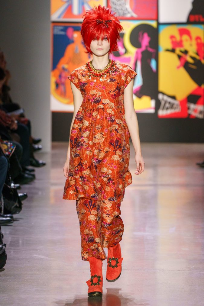fall-winter-fashion-2019-floral-outfit-Anna-Sui-675x1013 120+ Lovely Floral Outfit Ideas and Trends for All Seasons 2020