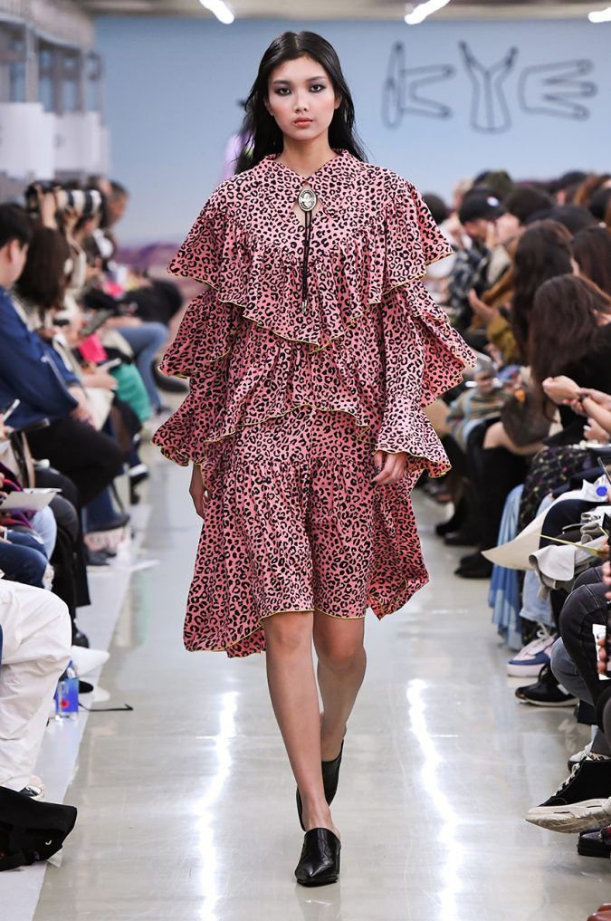 fall-winter-fashion-2020-animal-printed-boho-ruffled-dress-KYE-675x1017 Top 10 Fashionable Winter Fashion Outfit Ideas for Teens in 2020