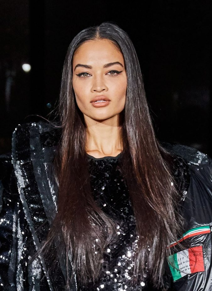 fall-winter-fashion-2020-black-brown-hair-phillipp-plein-675x929 12 Hottest Fall/Winter Hair Color Ideas for Women 2020