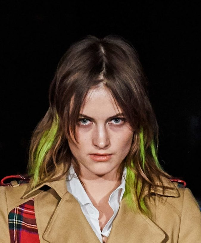 fall-winter-fashion-2020-brown-hair-neon-accents-phillipp-plein-675x815 12 Hottest Fall/Winter Hair Color Ideas for Women 2020