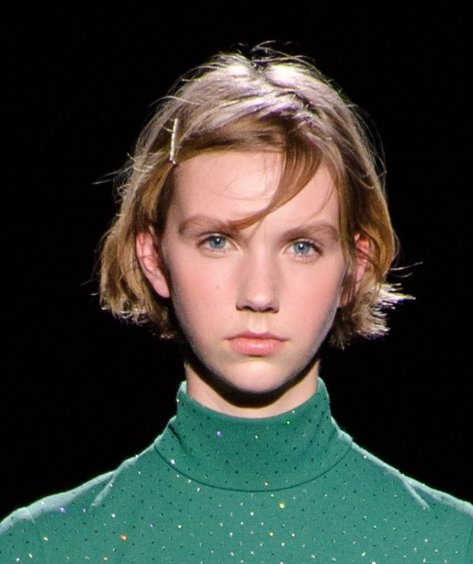 fall-winter-fashion-2020-disco-dress-Marc-Jacobs-1-675x804 20 Mind-blowing Fall / Winter Hairstyles for Women in 2020