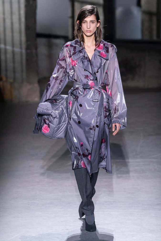 fall-winter-fashion-2020-floral-coat-675x1013 65+ Hottest Fall and Winter Accessories Fashion Trends in 2020