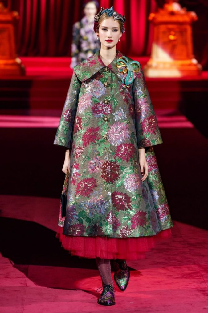 fall-winter-fashion-2020-floral-coat-Dolce-and-Gabbana-1-675x1012 Top 10 Winter Predictions and Trends for 2019/2020