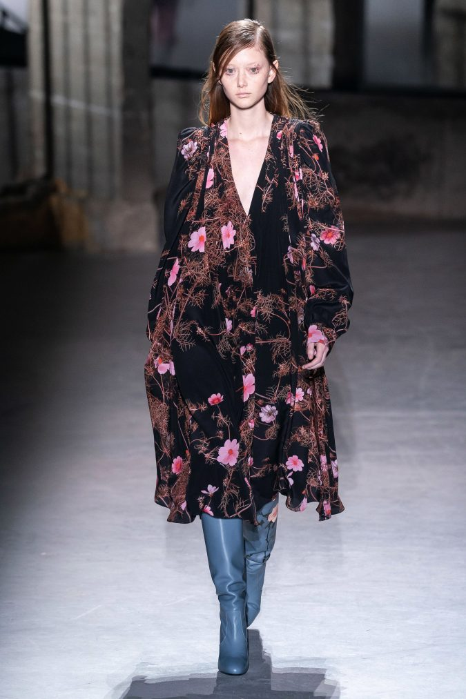 fall-winter-fashion-2020-floral-dress-Dries-Van-Noten-3-675x1013 120+ Lovely Floral Outfit Ideas and Trends for All Seasons 2020