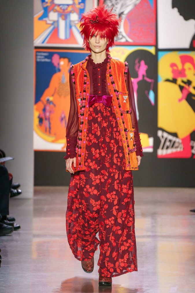 fall-winter-fashion-2020-floral-pants-outfit-Anna-Sui-675x1013 120+ Lovely Floral Outfit Ideas and Trends for All Seasons 2020