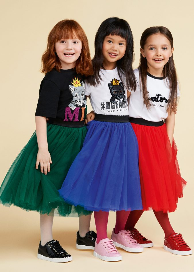 fall-winter-fashion-2020-kids-A-skirts-t-shirts-dolce-and-gabbana-675x945 15 Cutest Kids Fashion Trends for Winter 2020