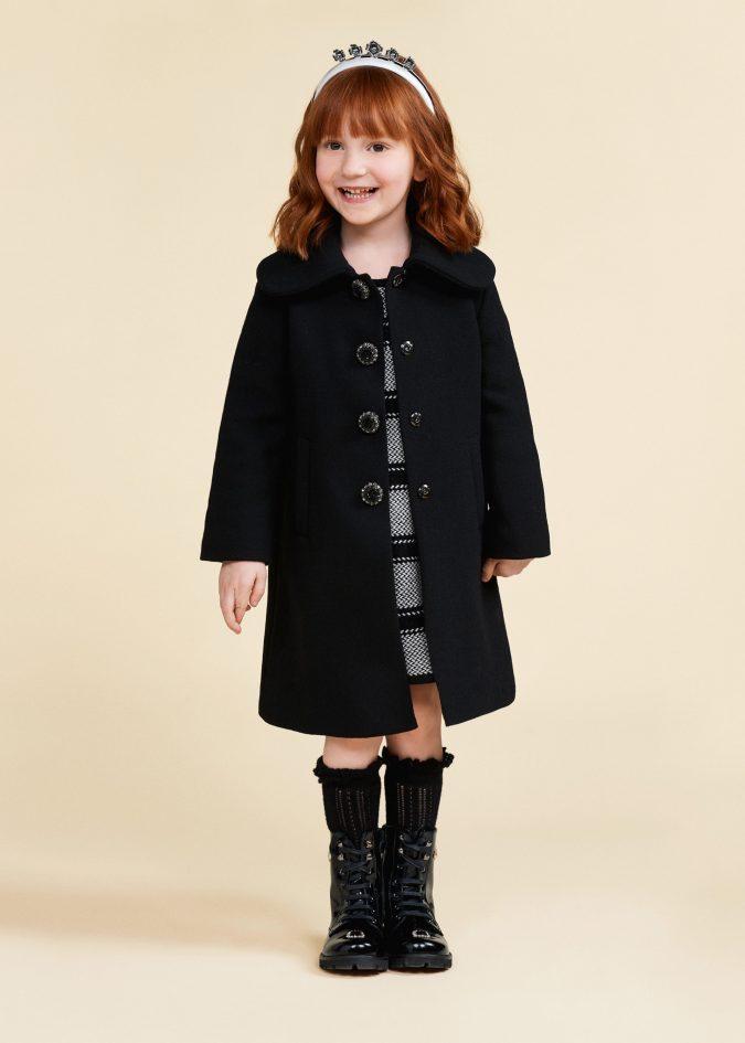 fall-winter-fashion-2020-kids-coat-dolce-and-gabbana-675x945 15 Cutest Kids Fashion Trends for Winter 2020