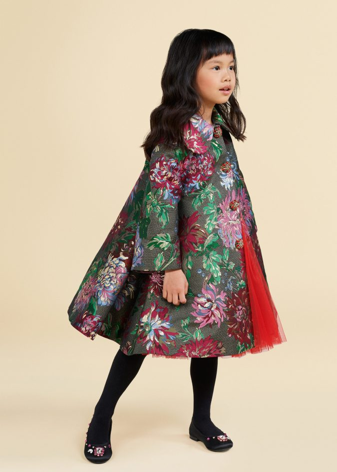 fall-winter-fashion-2020-kids-floral-coat-dolce-and-gabbana-675x945 15 Cutest Kids Fashion Trends for Winter 2020