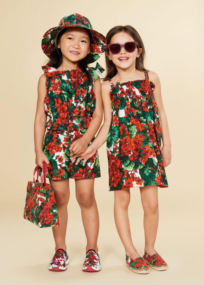 fall-winter-fashion-2020-kids-floral-dress-playsuit-dolce-and-gabbana-675x945 15 Cutest Kids Fashion Trends for Winter 2020