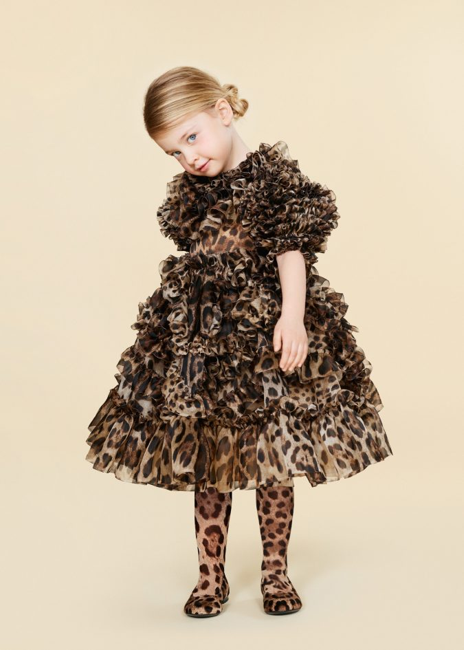 fall-winter-fashion-2020-kids-ruffled-animal-printed-dress-dolce-and-gabbana-675x945 15 Cutest Kids Fashion Trends for Winter 2020