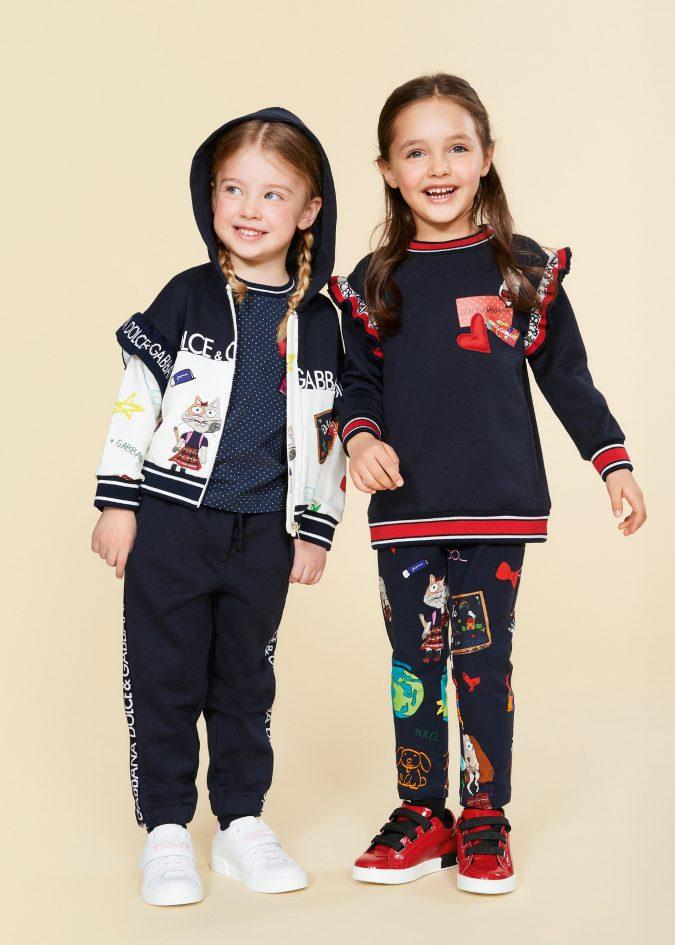 fall-winter-fashion-2020-kids-shoulder-ruffles-dolce-and-gabbana-675x945 15 Cutest Kids Fashion Trends for Winter 2020