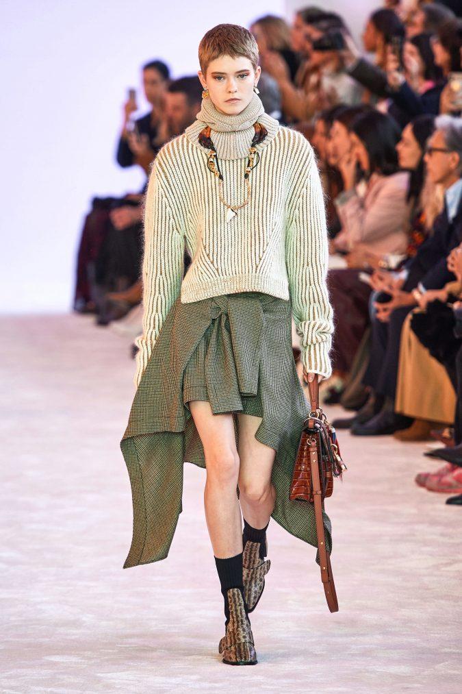 fall-winter-fashion-2020-knitted-turtleneck-Chloe-675x1013 40+ Hottest Teenage Girls Fall/Winter Fashion Ideas in 2020
