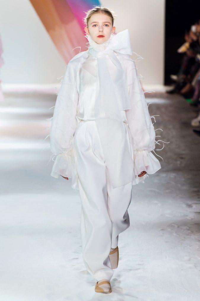 fall-winter-fashion-2020-loose-fitting-pants-top-bow-Roksanda-675x1013 40+ Hottest Teenage Girls Fall/Winter Fashion Ideas in 2020