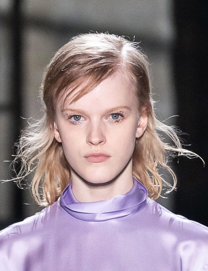 fringe-side-part-hair-fall-2020-Dries-Van-Noten-675x880 20 Mind-blowing Fall / Winter Hairstyles for Women in 2021
