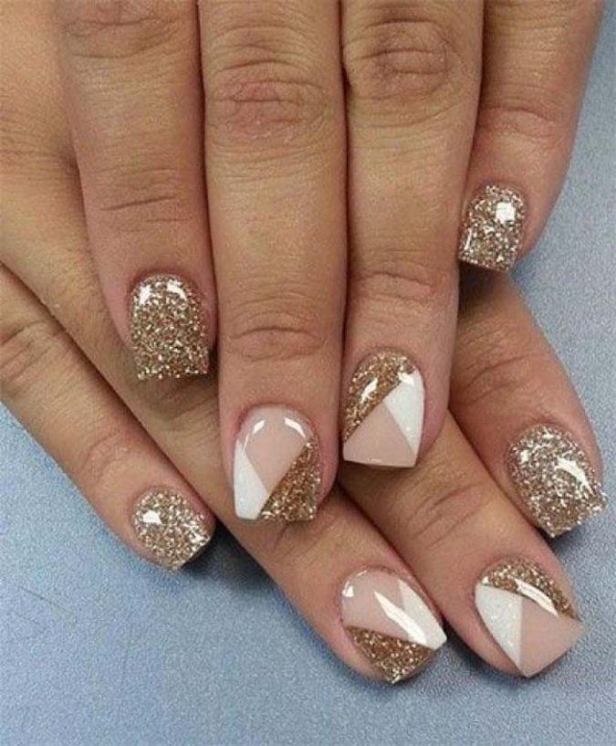 glitter-neutral-minimalist-nail-art-675x817 10 Lovely Nail Polish Trends for Fall & Winter 2020