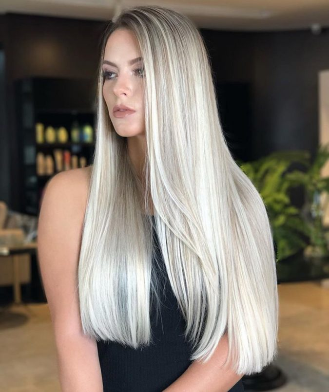 long-side-parted-silver-hair-675x805 20 Mind-blowing Fall / Winter Hairstyles for Women in 2020