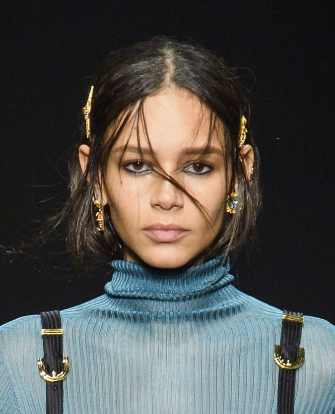 middle-part-hairstyle-fall-2020-versace-675x835 20 Mind-blowing Fall / Winter Hairstyles for Women in 2021