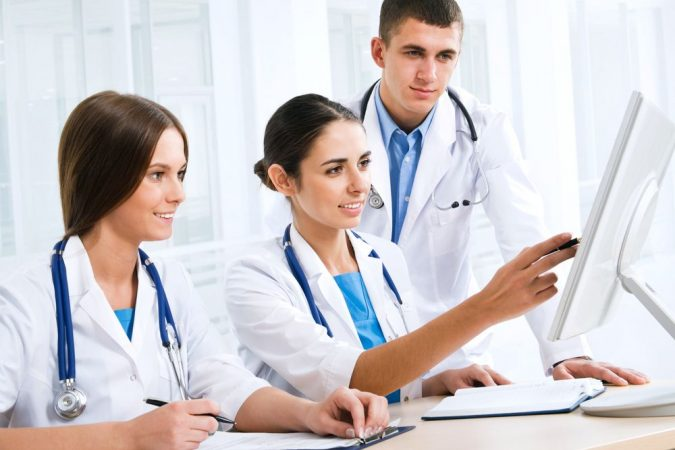 online-courses-for-FNP-675x450 8 Important Qualities of a Family Nurse Practitioner
