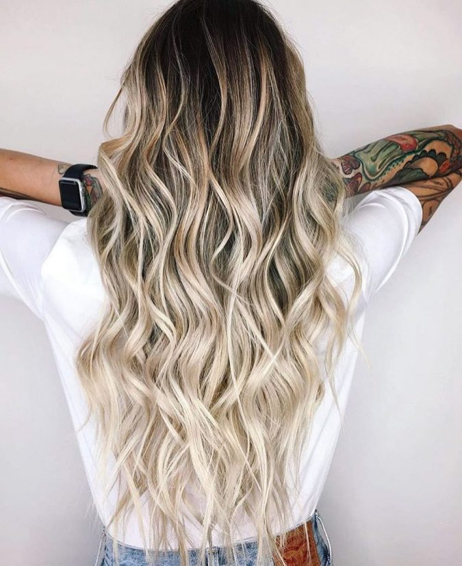 platinum-blonde-hair-2020-675x827 20 Mind-blowing Fall / Winter Hairstyles for Women in 2021