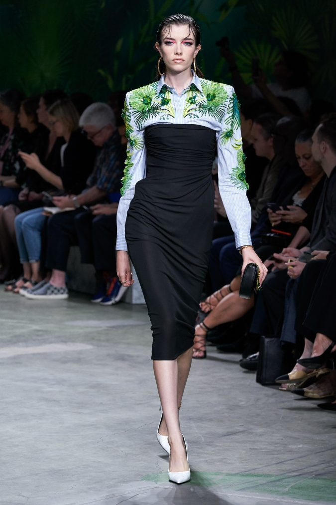 spring-summer-fashion-2020-floral-dress-Versace-2-675x1013 120+ Lovely Floral Outfit Ideas and Trends for All Seasons 2020