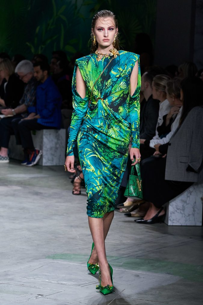 spring-summer-fashion-2020-floral-dress-Versace-675x1013 120+ Lovely Floral Outfit Ideas and Trends for All Seasons 2020