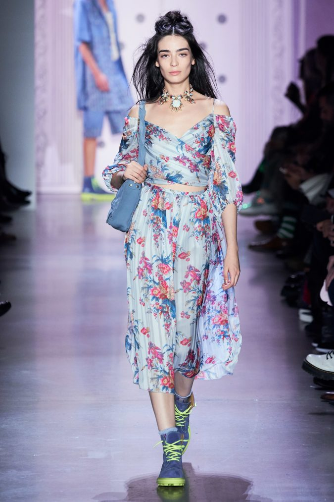 spring-summer-fashion-2020-floral-outfit-Anna-Sui-675x1013 120+ Lovely Floral Outfit Ideas and Trends for All Seasons 2020